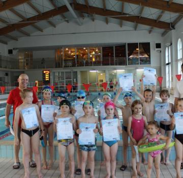 Zajęcia szkoły pływania w roku szkolnym 2015/2016
